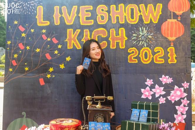 """Sinh viên trường Báo háo hức chào Xuân cùng photobooth """"Lời chưa nói"""" - ảnh 6"""