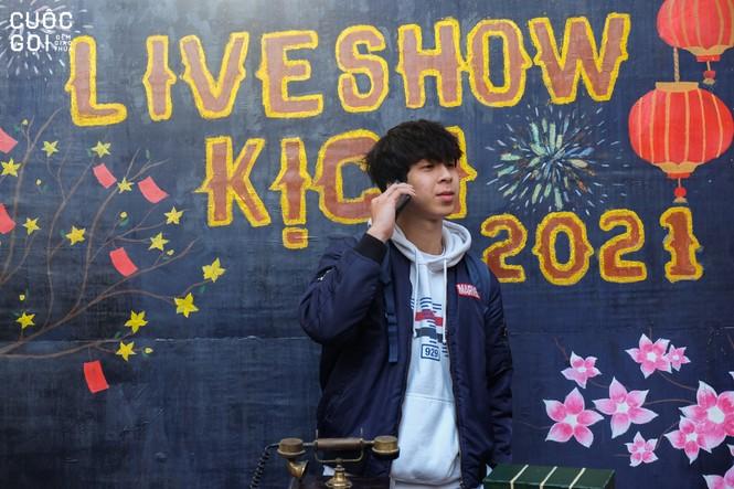 """Sinh viên trường Báo háo hức chào Xuân cùng photobooth """"Lời chưa nói"""" - ảnh 9"""