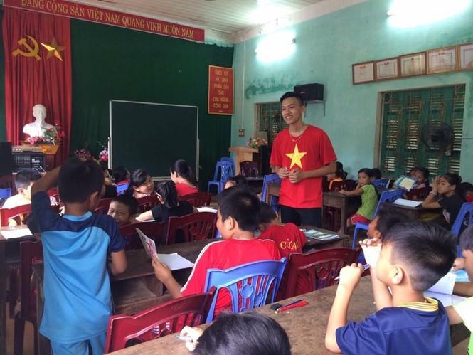 Tâm sự của một cựu Sao tháng Giêng đạp xe xuyên Việt được kết nạp Đảng tại trường đại học - ảnh 5