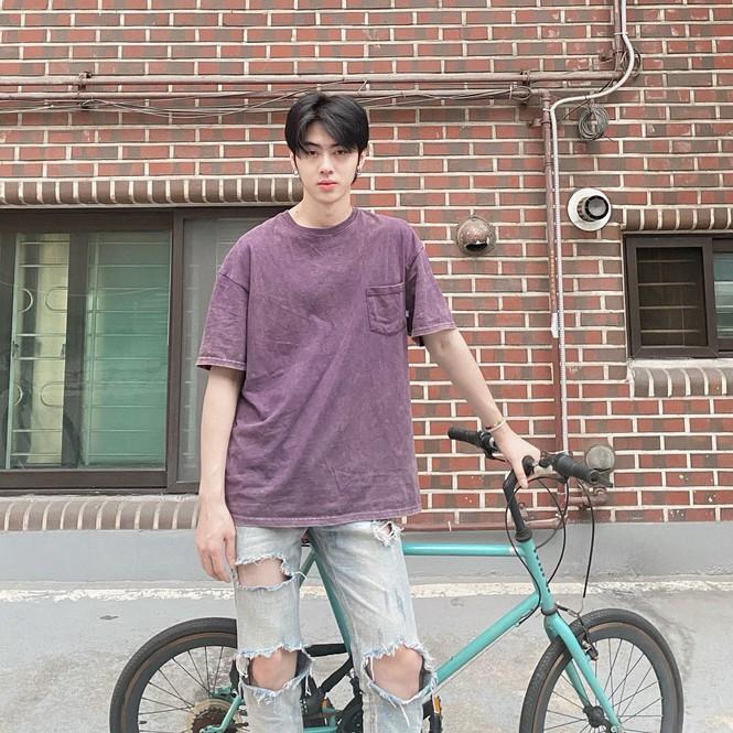 Chàng du học sinh Hàn Quốc điển trai, sắp ra mắt thương hiệu mỹ phẩm riêng ở tuổi 24 - ảnh 2