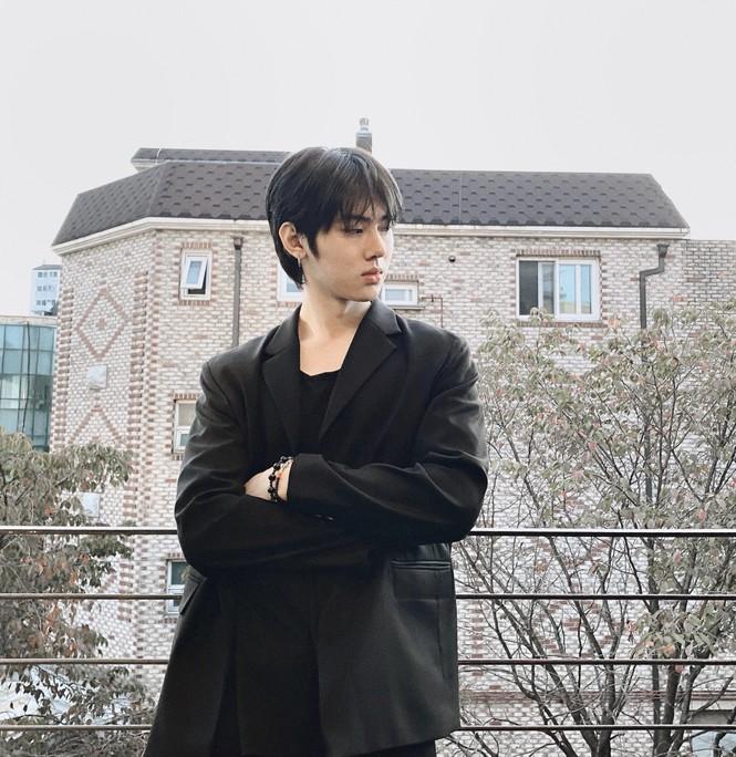 Chàng du học sinh Hàn Quốc điển trai, sắp ra mắt thương hiệu mỹ phẩm riêng ở tuổi 24 - ảnh 1