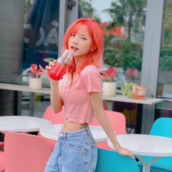 Ngắm nhìn vẻ đẹp ngọt ngào tựa kẹo bông của cô nàng An Giang Huỳnh Nhy - ảnh 2