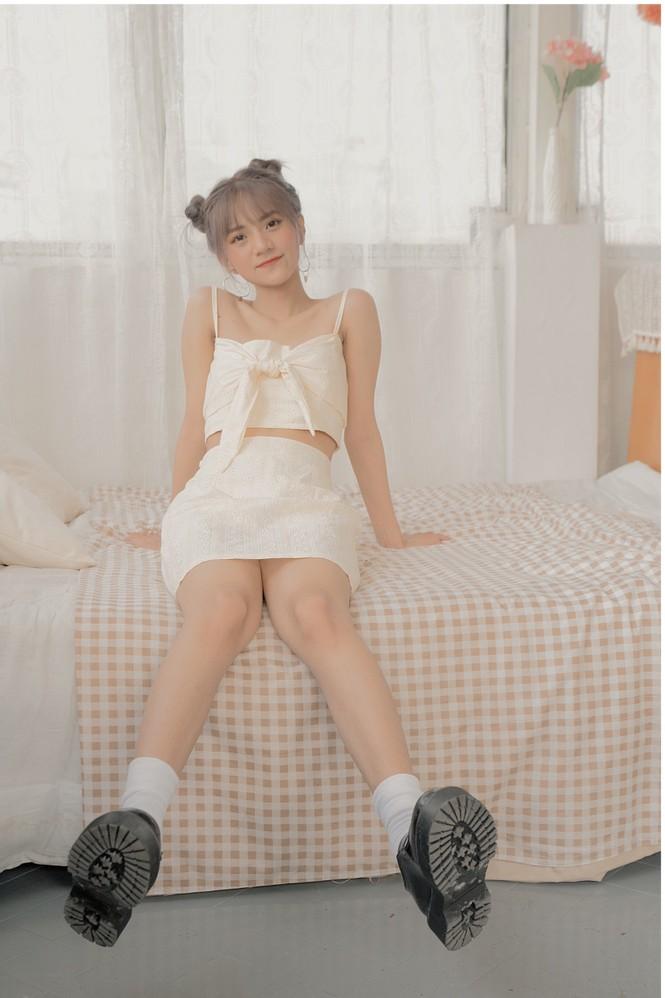 Ngắm nhìn vẻ đẹp ngọt ngào tựa kẹo bông của cô nàng An Giang Huỳnh Nhy - ảnh 3