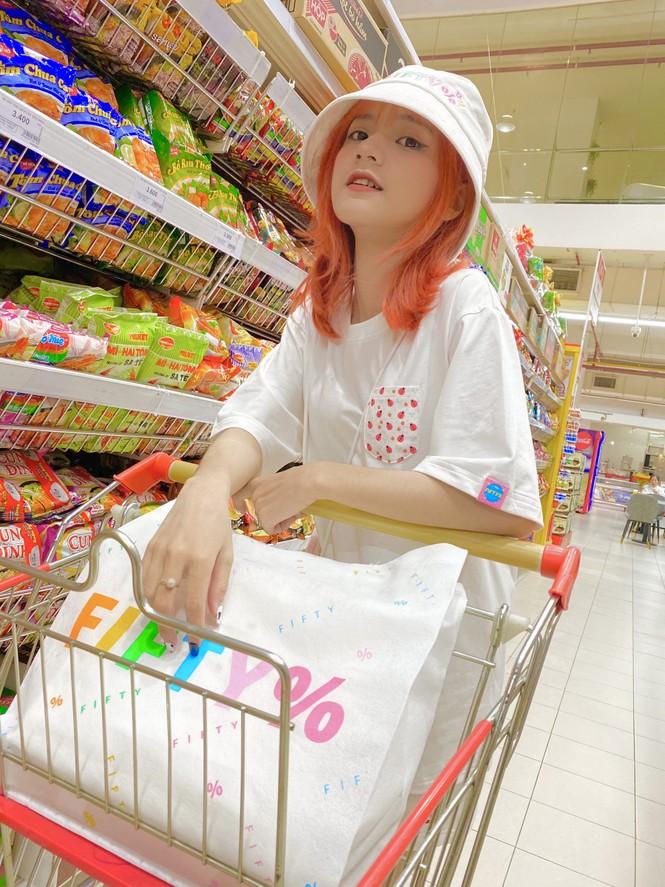 Ngắm nhìn vẻ đẹp ngọt ngào tựa kẹo bông của cô nàng An Giang Huỳnh Nhy - ảnh 8