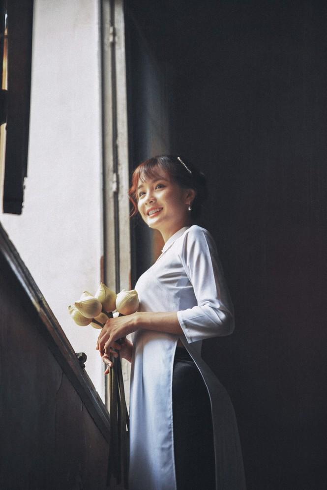 Năm mới cận kề, nữ sinh Xuân Tuyền, trường ĐH Văn Lang hóa thân thành  cô tiểu thư nhà họ Hứa xinh đẹp - ảnh 14