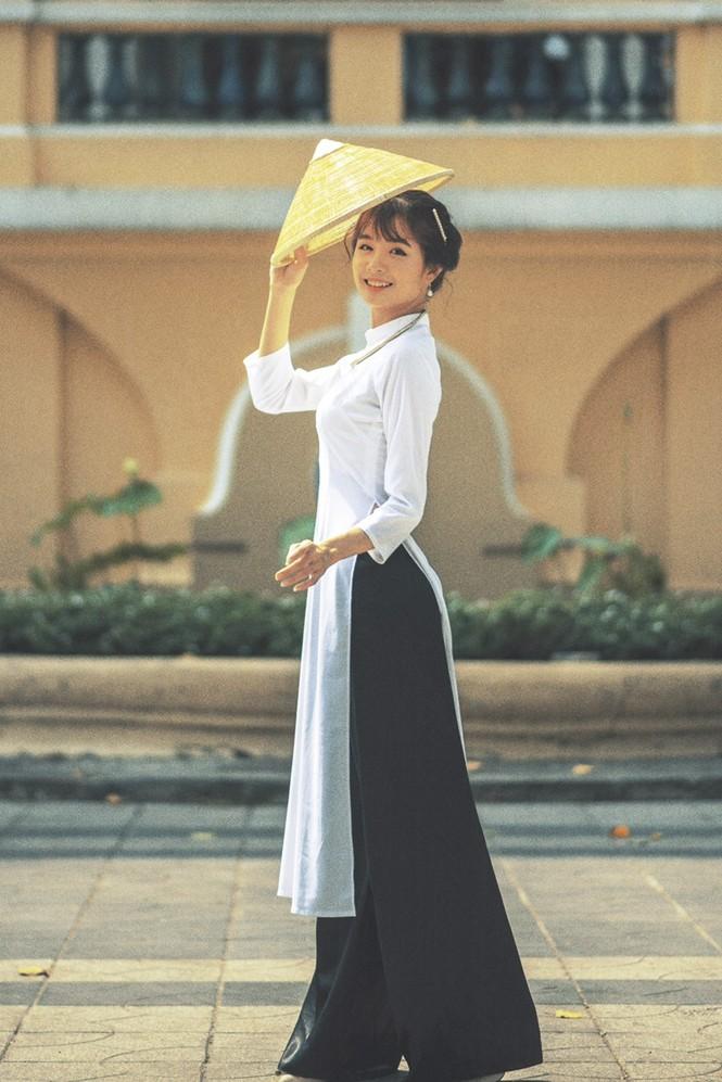 Năm mới cận kề, nữ sinh Xuân Tuyền, trường ĐH Văn Lang hóa thân thành  cô tiểu thư nhà họ Hứa xinh đẹp - ảnh 1