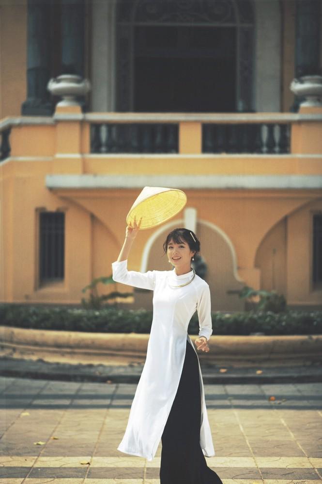Năm mới cận kề, nữ sinh Xuân Tuyền, trường ĐH Văn Lang hóa thân thành  cô tiểu thư nhà họ Hứa xinh đẹp - ảnh 4