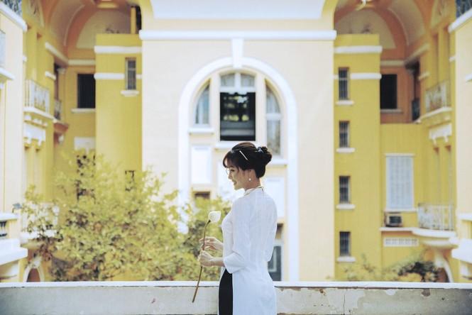 Năm mới cận kề, nữ sinh Xuân Tuyền, trường ĐH Văn Lang hóa thân thành  cô tiểu thư nhà họ Hứa xinh đẹp - ảnh 10
