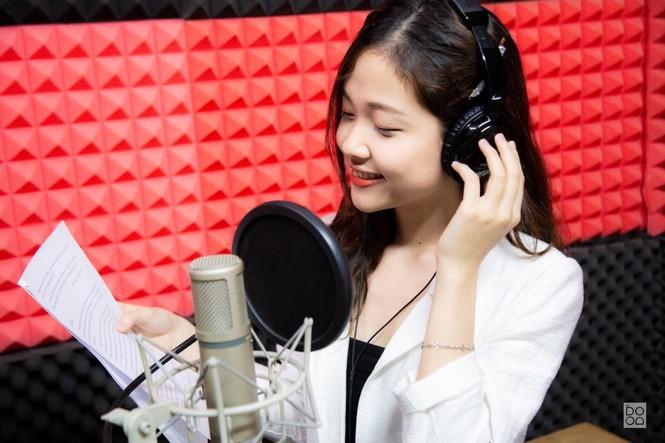 Nữ sinh Ngoại giao khát khao trở thành MC/BTV muốn sở hữu dự án kinh doanh riêng và hoàn thành ước mơ du học - ảnh 1