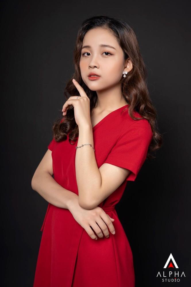 Nữ sinh Ngoại giao khát khao trở thành MC/BTV muốn sở hữu dự án kinh doanh riêng và hoàn thành ước mơ du học - ảnh 14