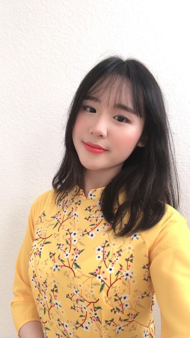 Rực rỡ sắc vàng với bộ ảnh áo dài Việt Nam đón Tết của du học sinh tại Mỹ - ảnh 4