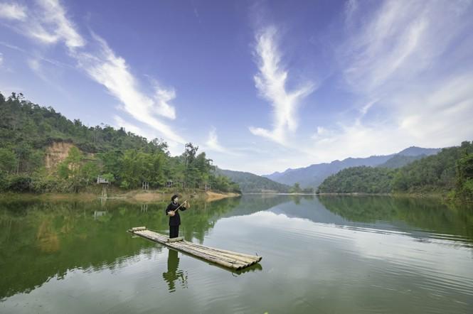 Đón Tết Tân Sửu cùng cô gái Nùng Phàn Slình vùng núi Đông Bắc là cựu sinh viên đại học Ngoại thương - ảnh 6