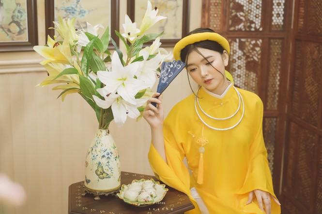Nữ sinh thanh tao trong cổ phục Việt đón xuân - ảnh 4