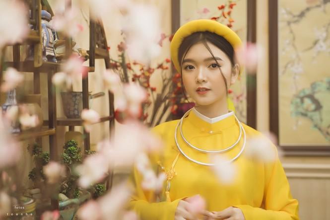 Nữ sinh thanh tao trong cổ phục Việt đón xuân - ảnh 3