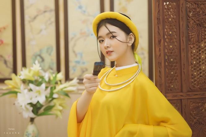 Nữ sinh thanh tao trong cổ phục Việt đón xuân - ảnh 5