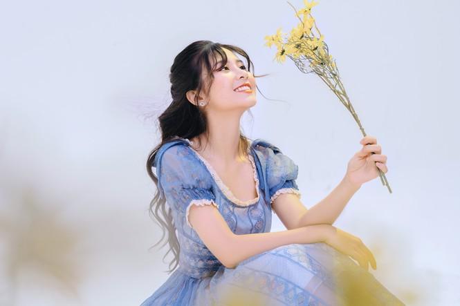 Nữ sinh điện ảnh gây ấn tượng bởi bộ ảnh Tết bên áo Tấc Việt phục - ảnh 10