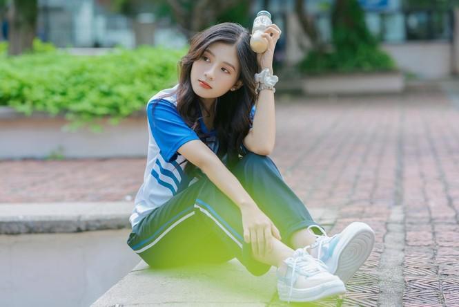Nữ sinh điện ảnh gây ấn tượng bởi bộ ảnh Tết bên áo Tấc Việt phục - ảnh 13