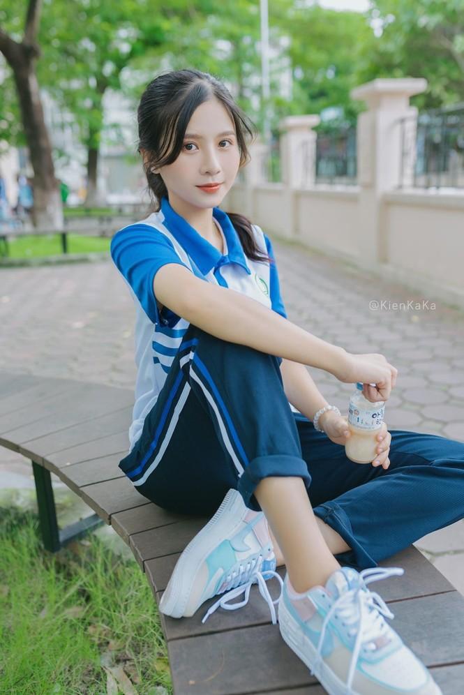 Nữ sinh điện ảnh gây ấn tượng bởi bộ ảnh Tết bên áo Tấc Việt phục - ảnh 14