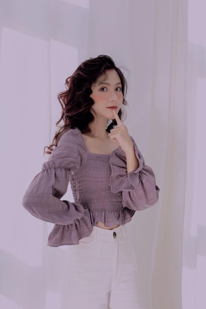 Nữ sinh điện ảnh gây ấn tượng bởi bộ ảnh Tết bên áo Tấc Việt phục - ảnh 16