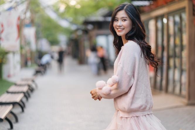 Nữ sinh điện ảnh gây ấn tượng bởi bộ ảnh Tết bên áo Tấc Việt phục - ảnh 18
