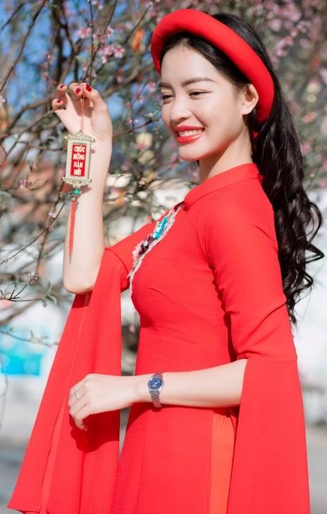 Nữ sinh điện ảnh xinh đẹp bên tà áo dài cách tân ngày Tết - ảnh 6