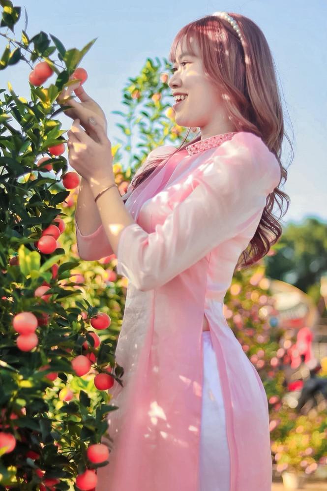 Thiếu nữ xứ Quảng trong áo dài truyền thống những ngày đầu Xuân - ảnh 4