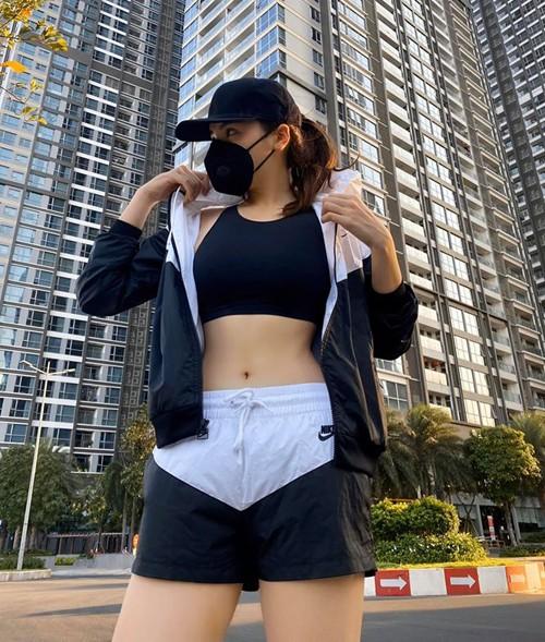 Sao Việt chăm chỉ tập luyện khi cách ly xã hội - ảnh 2