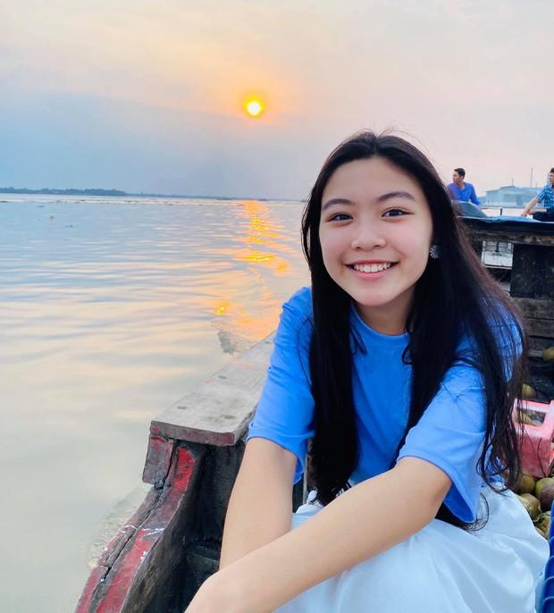 Con gái Quyền Linh được khen xinh đẹp như Hoa hậu tương lai - ảnh 2