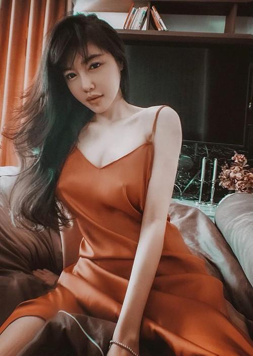 Váy lụa được nhiều sao Việt ưa chuộng - ảnh 3