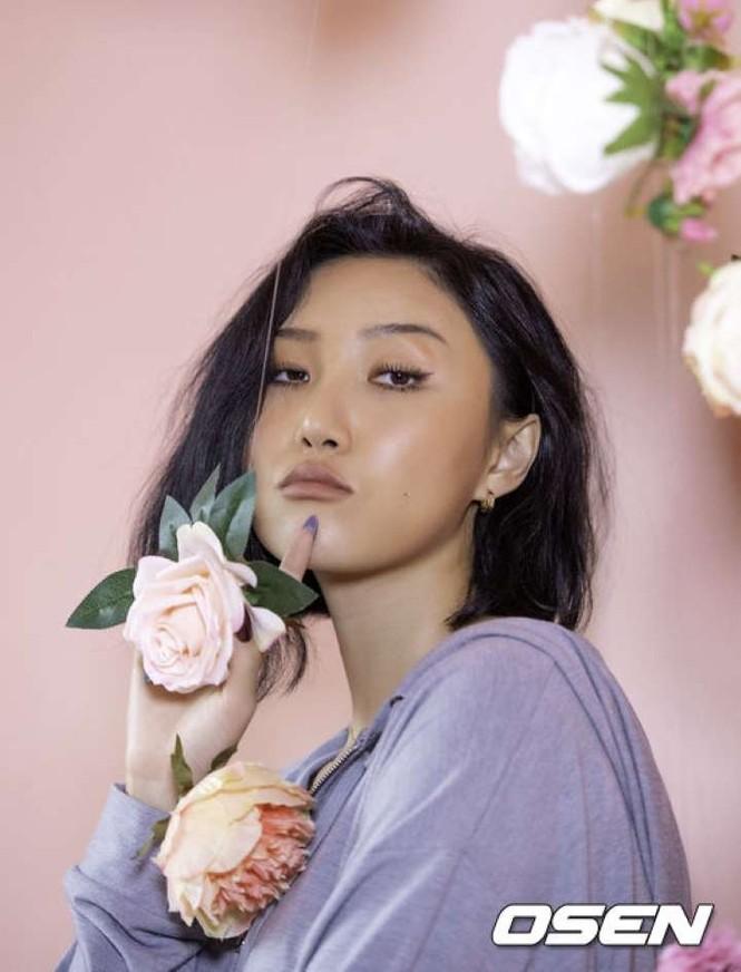 Hwasa, cô gái thừa cá tính và mạnh mẽ để phá vỡ mọi tiêu chuẩn ở K-Pop - ảnh 3