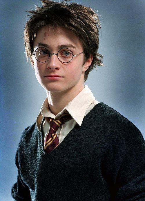 """Hóa tù nhân vượt ngục, Daniel Radcliffe không còn là """"cậu bé phù thủy"""" mà bạn biết - ảnh 1"""