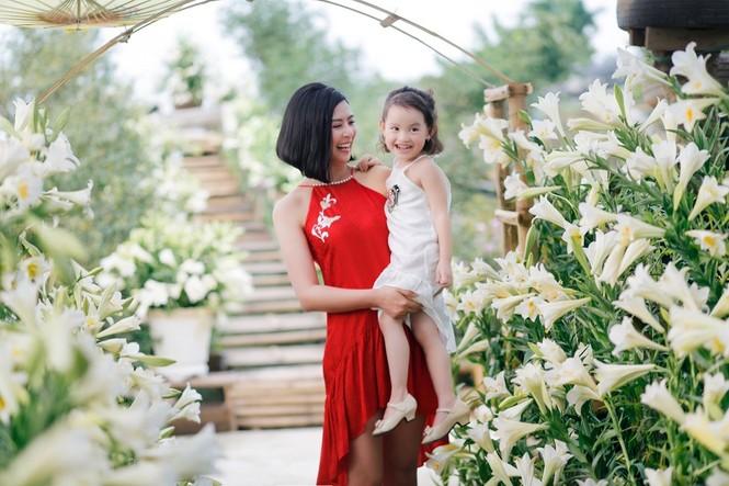 Phải hoãn đám cưới vì dịch COVID-19 nhưng Ngọc Hân đã ước ao có con gái đầu lòng - ảnh 1
