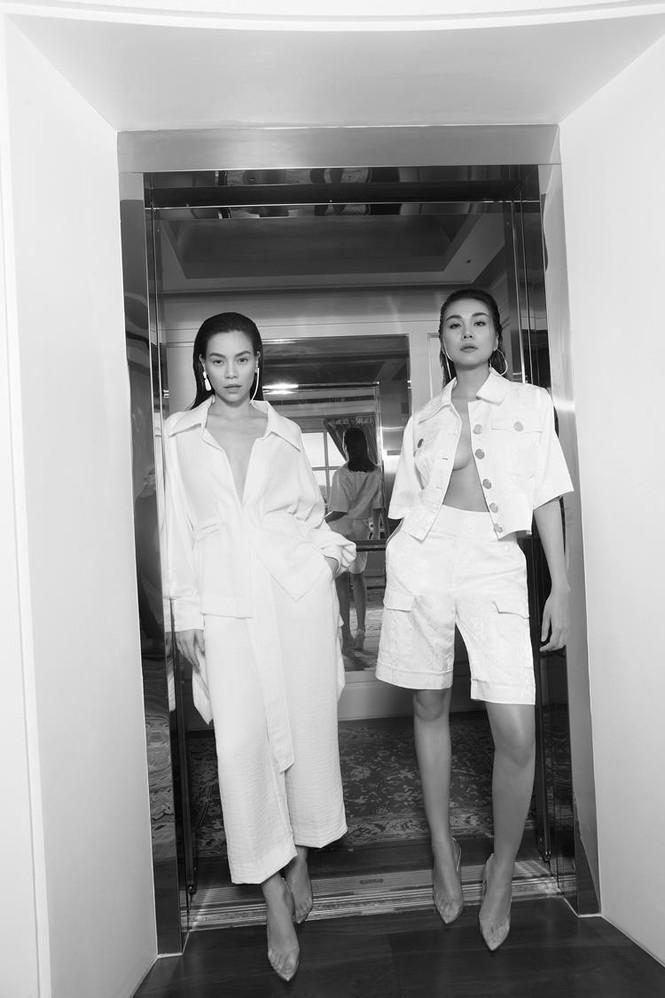 Hà Hồ mang bụng bầu chụp ảnh thời trang cho tạp chí danh giá Vogue (Pháp) - ảnh 2