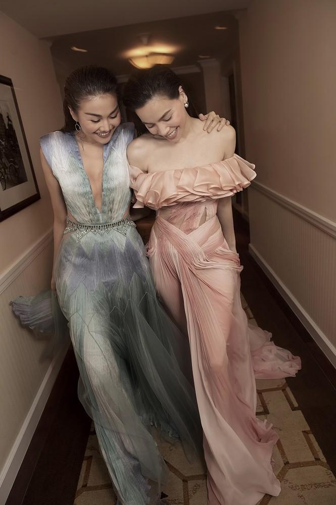 Hà Hồ mang bụng bầu chụp ảnh thời trang cho tạp chí danh giá Vogue (Pháp) - ảnh 3