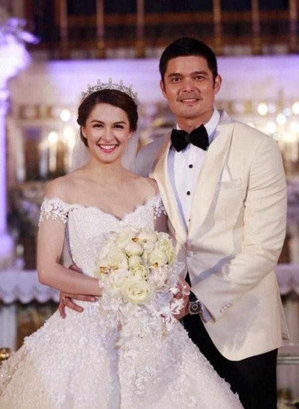 Mỹ nhân đẹp nhất Philippines khoe ảnh gia đình toàn người đẹp cực phẩm - ảnh 1