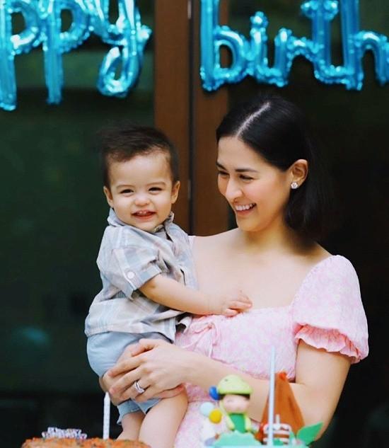 Mỹ nhân đẹp nhất Philippines khoe ảnh gia đình toàn người đẹp cực phẩm - ảnh 4