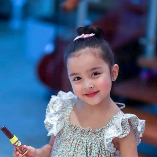 Mỹ nhân đẹp nhất Philippines khoe ảnh gia đình toàn người đẹp cực phẩm - ảnh 6