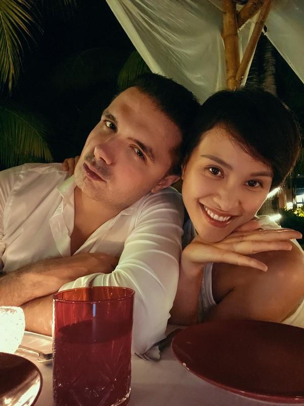 Kỷ niệm một năm ngày cưới, Phương Mai được chồng tặng cho món quà đắt giá - ảnh 3
