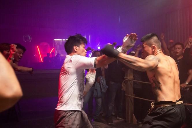 """Trương Đình Hoàng, nam thần boxing chờ ngày tỏa sáng với """"Đỉnh mù sương"""" - ảnh 1"""