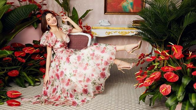 """Được bốn mỹ nhân Việt """"đụng hàng"""", chiếc váy hoa này có gì đặc biệt đến thế? - ảnh 2"""