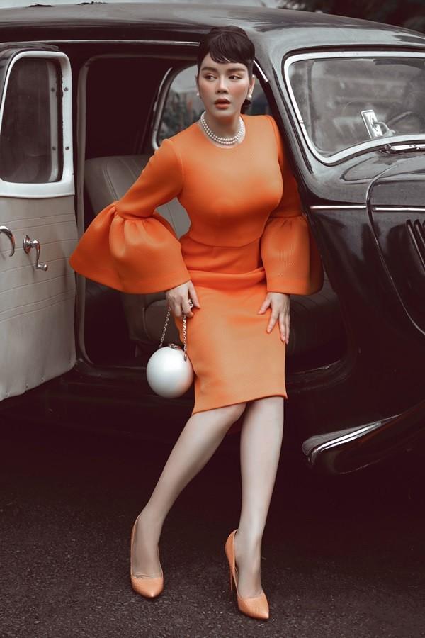 """Chưa bao giờ Lý Nhã Kỳ nhẹ nhàng thanh tao đến vậy khi """"đóng giả"""" Audrey Hepburn - ảnh 3"""