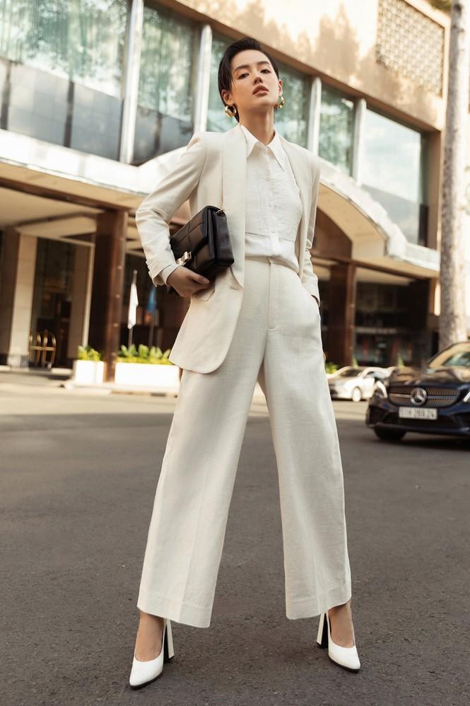 Hoa hậu Mỹ Linh, Tiểu Vy dùng dàn fashionista hóa quý cô thời đại đầy cá tính - ảnh 6