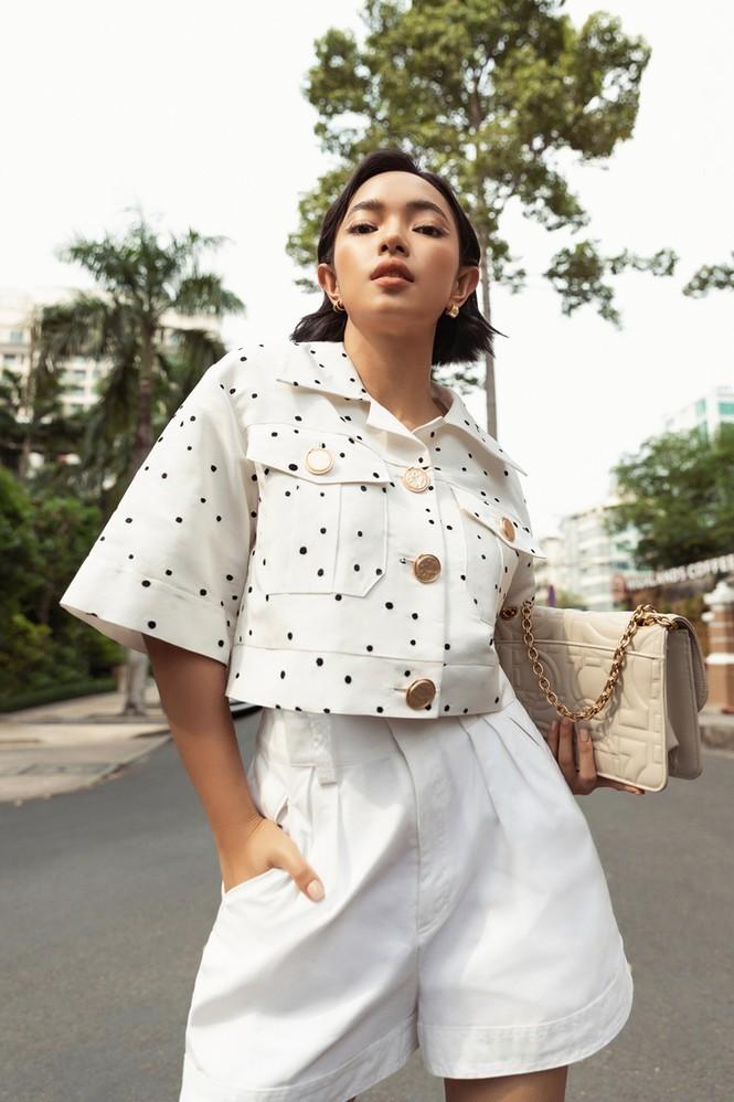Hoa hậu Mỹ Linh, Tiểu Vy dùng dàn fashionista hóa quý cô thời đại đầy cá tính - ảnh 8