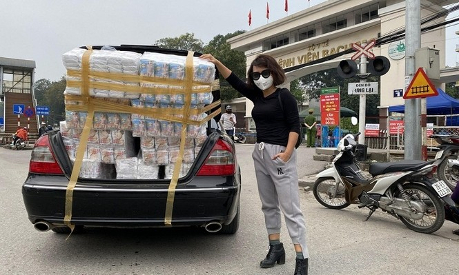 Thái Thùy Linh tiếp tục làm thiện nguyện: Kêu gọi góp khẩu trang cho y bác sĩ Đà Nẵng - ảnh 2