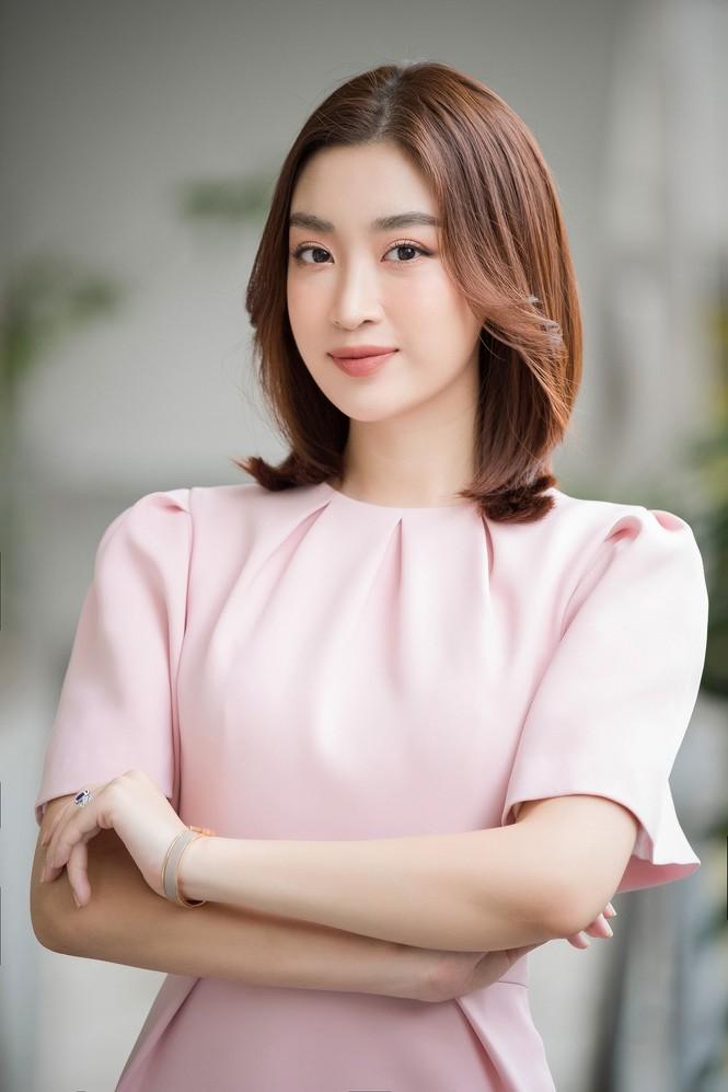Vì đâu Hoa hậu Đỗ Mỹ Linh chưa mua nhà, mua xe dù tài chính dư dả? - ảnh 2