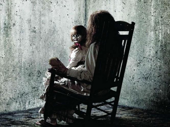 Phim kinh dị về ác quỷ đã kinh hoàng, khi hồn ma đội lốt người nhà còn đáng sợ hơn - ảnh 3
