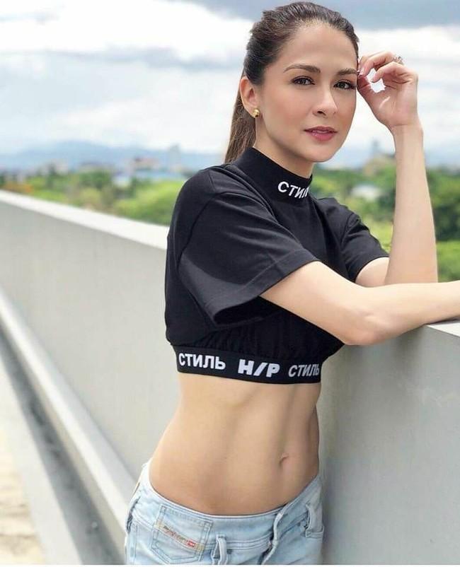 Mỹ nhân đẹp nhất Philippines khoe mặt mộc nhưng ai cũng chỉ chú ý đến vòng 1 của cô - ảnh 4
