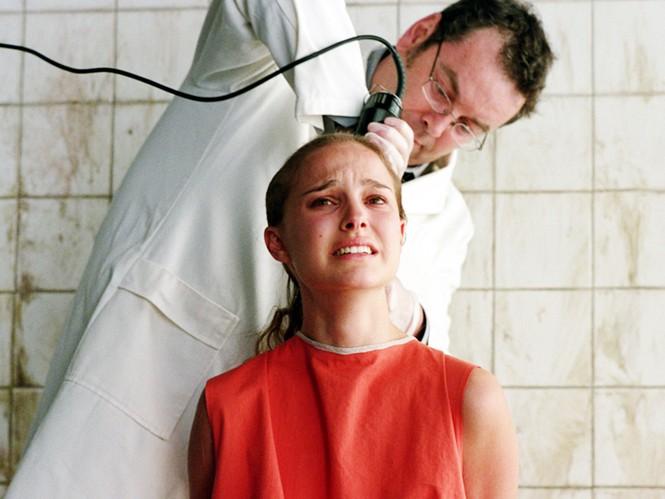 Chuyện mỹ nhân hy sinh nhan sắc để nhập vai: Người cắt trụi tóc, kẻ nhịn ăn đến trầm cảm - ảnh 4