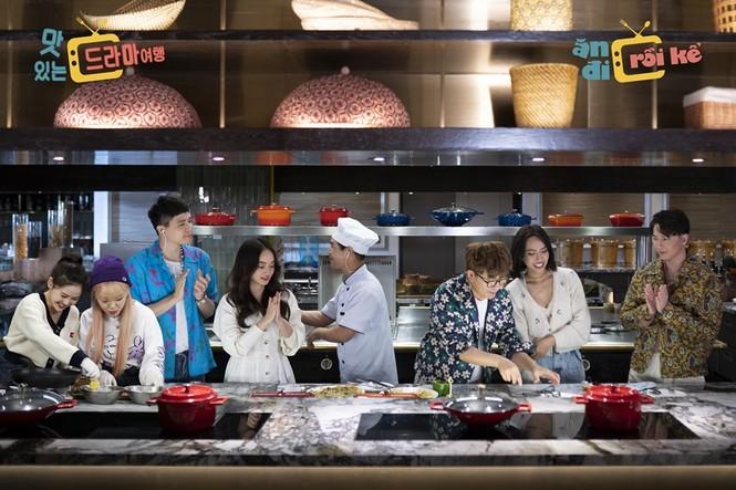 """Nhiều nhóm nhạc Hàn Quốc nổi tiếng sẵn sàng khám phá ẩm thực Việt Nam qua """"Ăn đi rồi kể"""" - ảnh 1"""