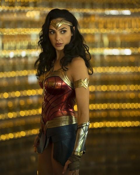 Sau tất cả, chị đẹp Wonder Woman đã chốt lịch gặp khán giả Việt Nam vào tháng 12 - ảnh 3